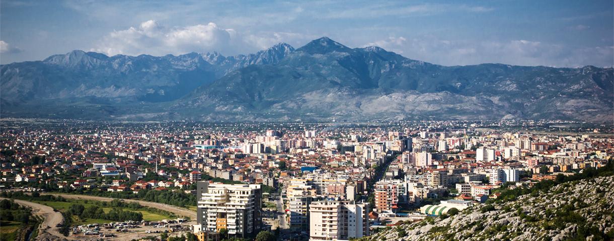 Le marché albanais